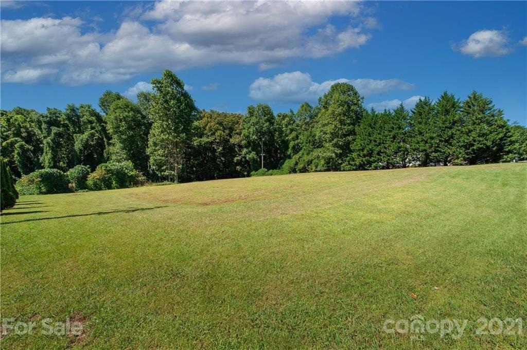 Photo of 29 Cross Creek Drive #1, Marion, NC 28752 (MLS # 3789397)