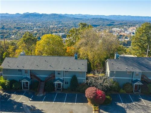 Photo of 528 Windswept Drive, Asheville, NC 28801 (MLS # 3561403)