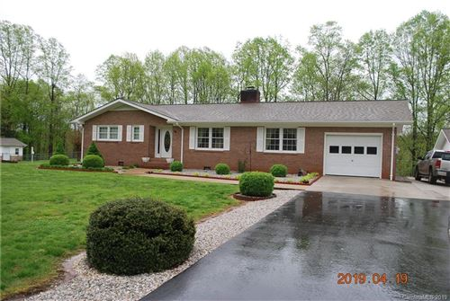 Photo of 338 Riverbend Drive, Marion, NC 28752 (MLS # 3498408)