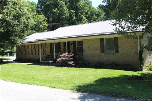 Photo of 538 Carson Drive, Hendersonville, NC 28791 (MLS # 3640420)