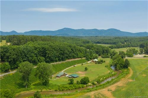 Photo of 5520 Hunting Country Road, Tryon, NC 28782 (MLS # 3490422)