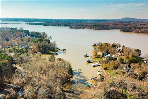 Photo of 470 Lakeview Shores Loop, Mooresville, NC 28117-6633 (MLS # 3692425)