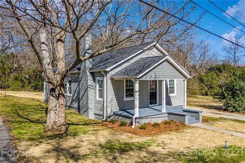 Photo of 906 Oak Street, Shelby, NC 28150 (MLS # 3708426)