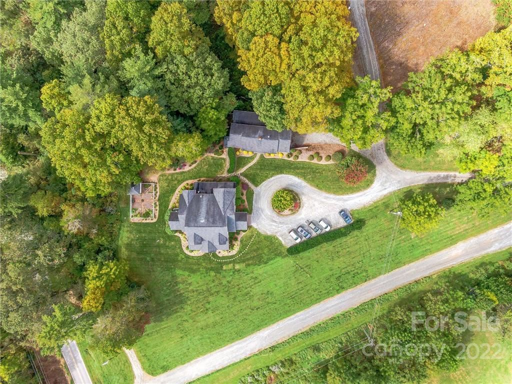 Photo of 400 Ray Hill Road, Mills River, NC 28759 (MLS # 3751433)