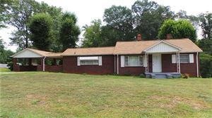 Photo of 417 25th Street SW, Hickory, NC 28602 (MLS # 3539438)