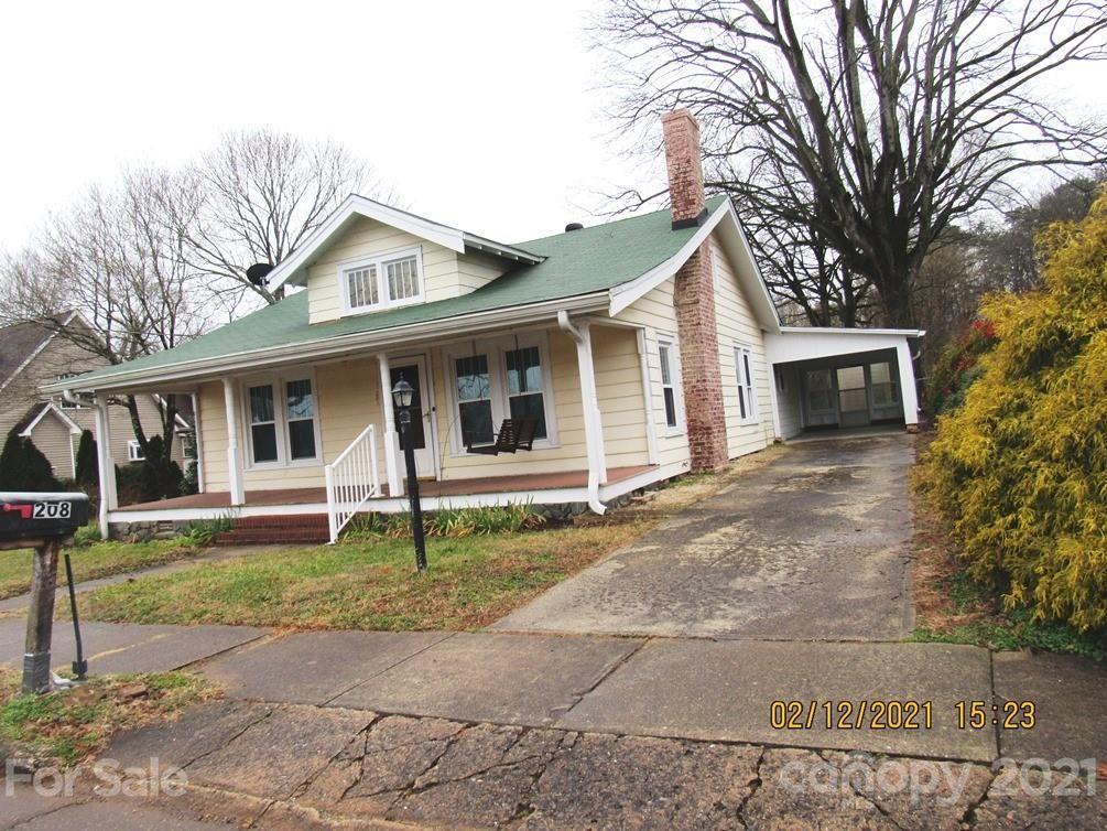 Photo for 208 Boyd Street, Maiden, NC 28650 (MLS # 3608446)