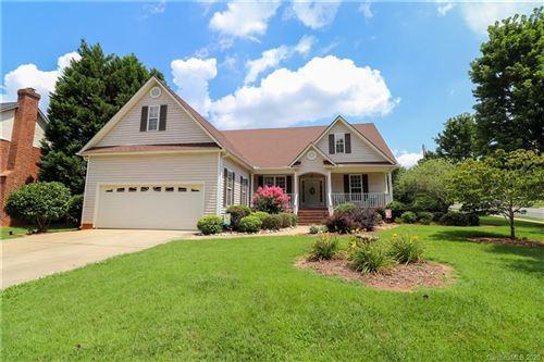Photo of 802 Woodmoore Lane, Kannapolis, NC 28081-5700 (MLS # 3640447)