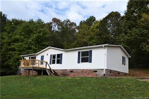 Photo of 151 River Breeze Drive, Morganton, NC 28655 (MLS # 3555450)