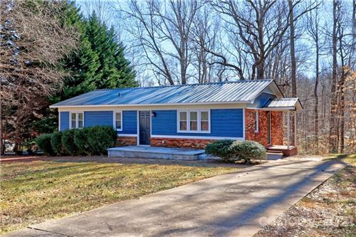 Photo of 628 Story Woods Road, Lincolnton, NC 28092-7977 (MLS # 3714451)
