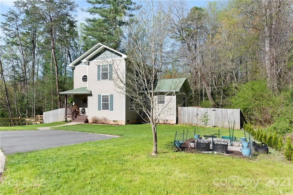 Photo of 225 Central Avenue, Black Mountain, NC 28711-2712 (MLS # 3728451)