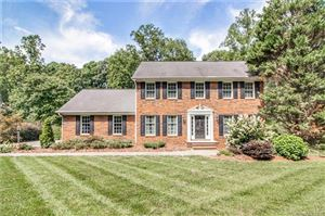 Photo of 342 Gleneagles Road W, Statesville, NC 28625 (MLS # 3432466)
