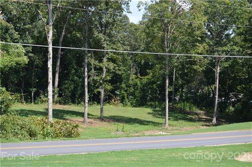 Photo of 225 Gleneagles Road, Statesville, NC 28625 (MLS # 3543468)