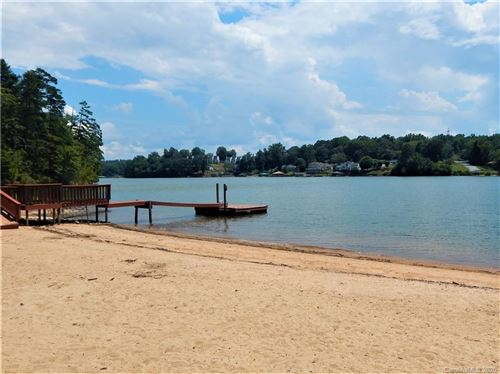 Photo of 6052 Powder Point Drive, Hickory, NC 28601 (MLS # 3584472)