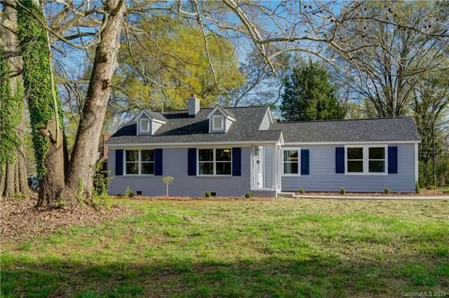 Photo for 2801 Cowles Road, Charlotte, NC 28208 (MLS # 3557478)