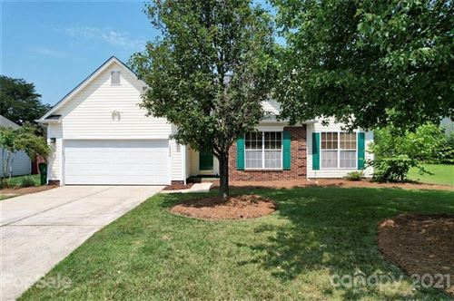 Photo of 12006 Old Timber Road, Charlotte, NC 28269-8746 (MLS # 3768484)