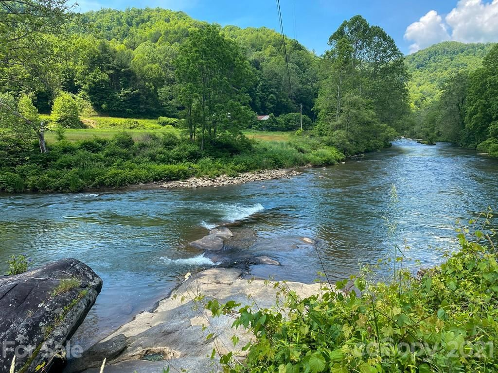 Photo of 000 US Hwy 19W None, Burnsville, NC 28740 (MLS # 3630484)