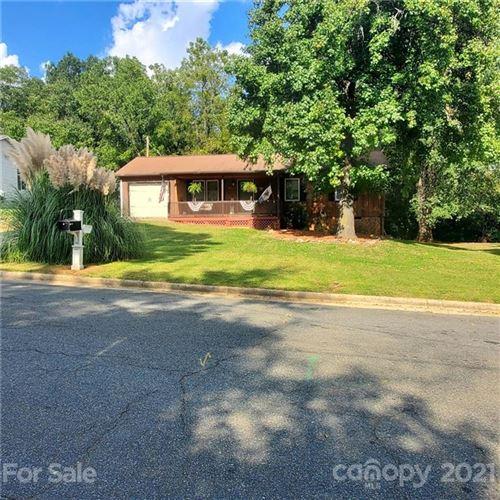 Photo of 1411 Ross Drive, Albemarle, NC 28001-9782 (MLS # 3793488)