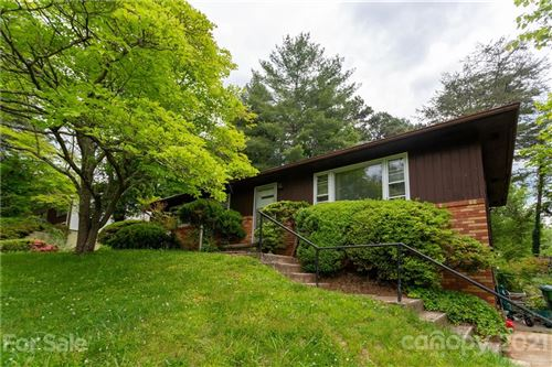 Photo of 24 Pinehurst Road, Asheville, NC 28805-2309 (MLS # 3716489)