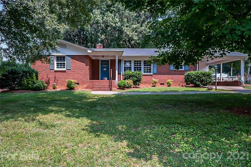 Photo for 603 E Academy Street, Cherryville, NC 28021-3400 (MLS # 3768490)