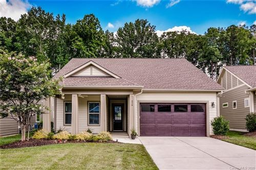 Photo of 656 Tallulah Falls Drive, Denver, NC 28037-6102 (MLS # 3641494)