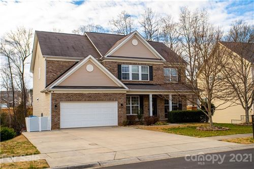 Photo of 211 Golden Valley Drive, Mooresville, NC 28115-8328 (MLS # 3701495)