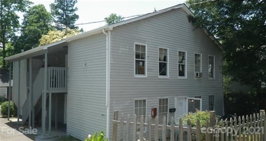 Photo for 3805 Miriam Drive, Charlotte, NC 28205-7721 (MLS # 3723495)