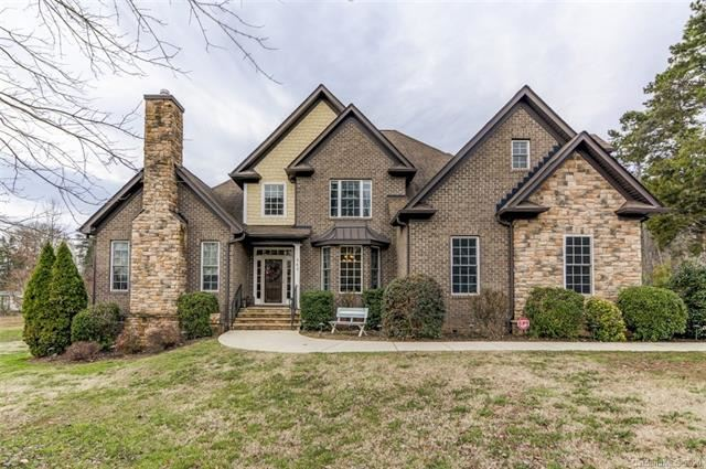 Photo for 243 Woodstream Circle, Mooresville, NC 28117 (MLS # 3582497)