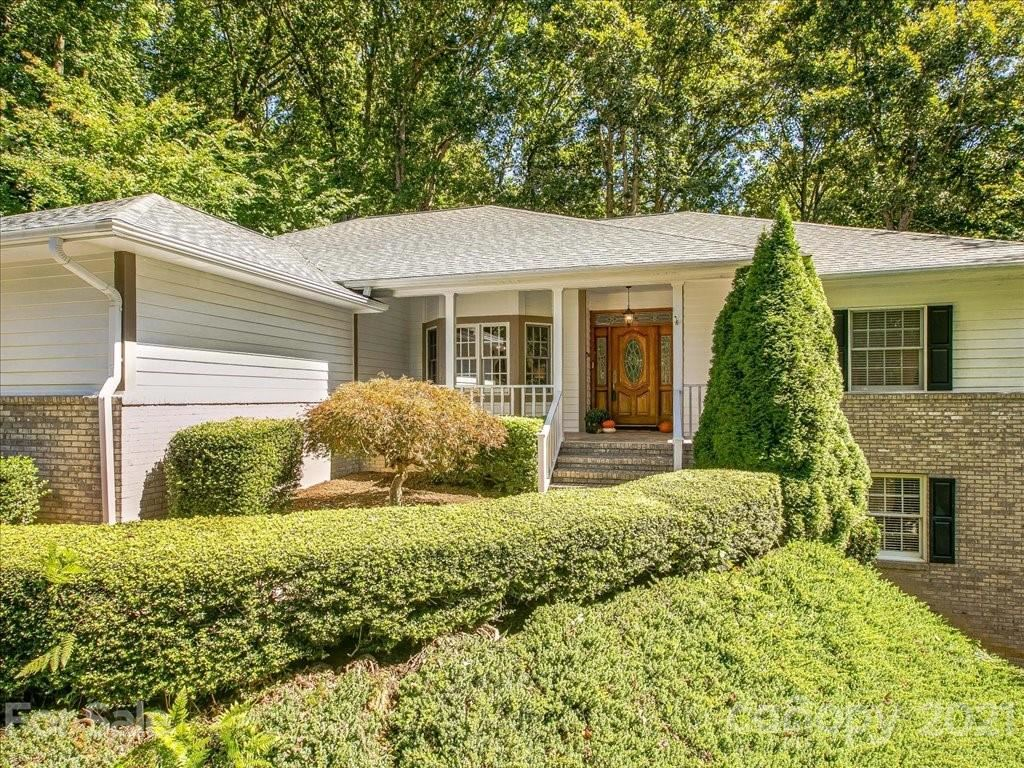 Photo of 271 Sweetwater Hills Drive, Hendersonville, NC 28792 (MLS # 3789500)