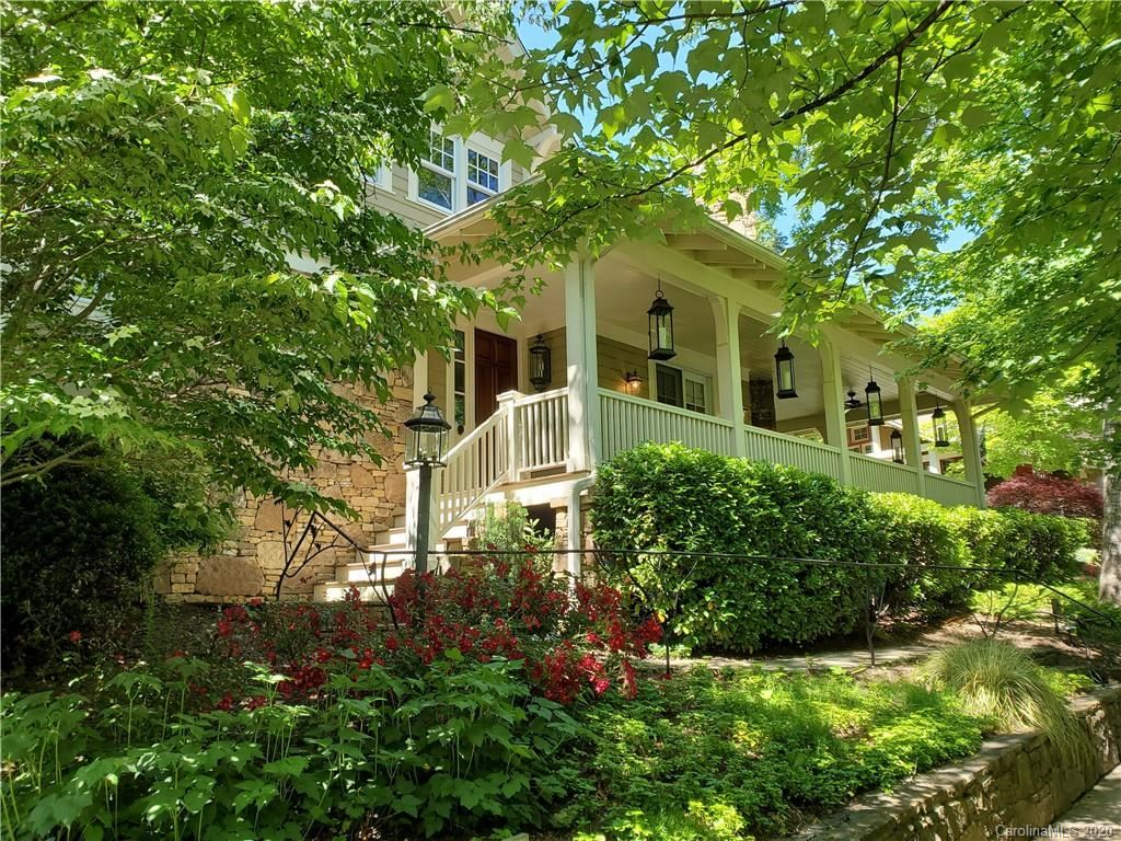 Photo of 38 Cheshire Drive, Black Mountain, NC 28711-9300 (MLS # 3626503)