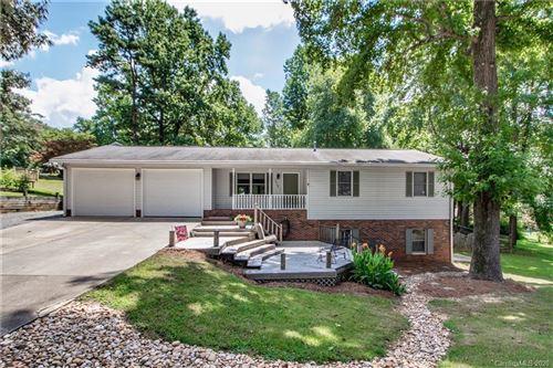 Photo of 1412 Bellingham Drive, Mooresville, NC 28115-2707 (MLS # 3637511)