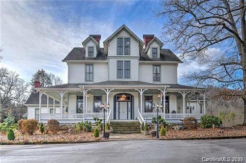 Photo of 1109 White Pine Drive, Hendersonville, NC 28739-3953 (MLS # 3649512)