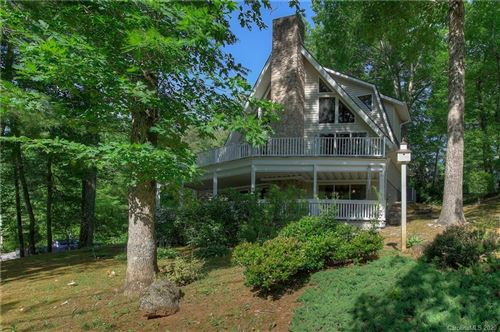 Photo of 24 Pine Valley Drive, Spruce Pine, NC 28777-8573 (MLS # 3635516)