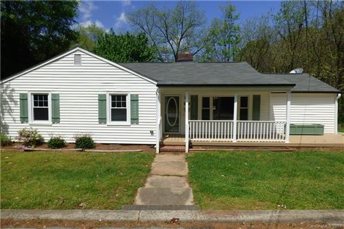 Photo of 809 Alexander Street, Lincolnton, NC 28092 (MLS # 3602518)