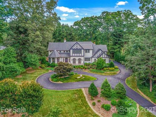 Photo of 6 Fairway Place, Asheville, NC 28803-3014 (MLS # 3640519)