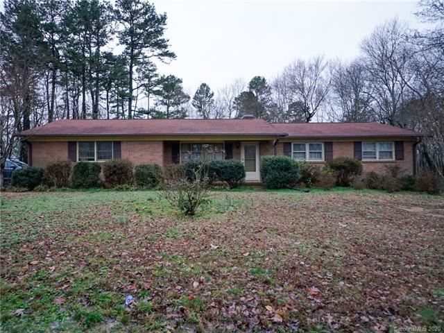 Photo for 785 Old Mountain Road, Statesville, NC 28677-2068 (MLS # 3582523)