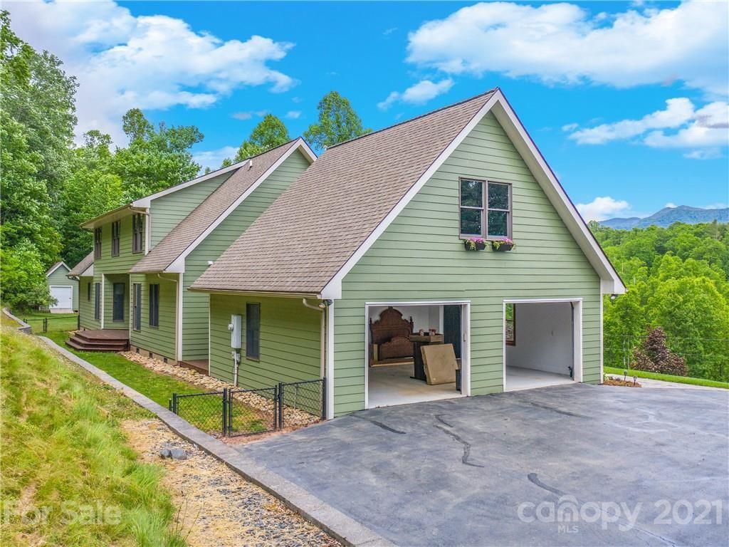 Photo of 207 Capital City Drive, Bakersville, NC 28705 (MLS # 3748527)