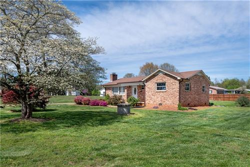 Photo of 4014 S OLIVERS CROSS Road, Newton, NC 28658 (MLS # 3609531)