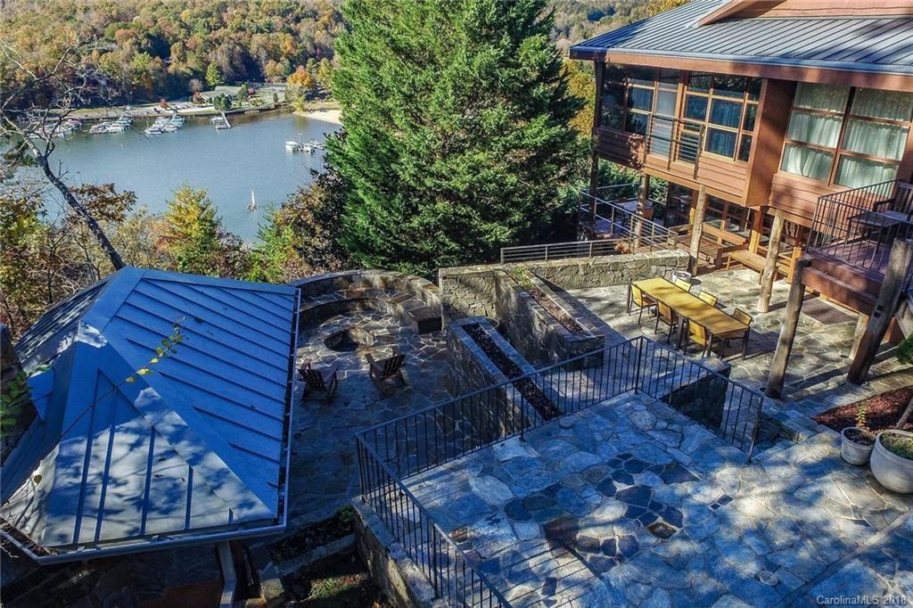Photo of 161 Waterside Drive, Lake Lure, NC 28746-9277 (MLS # 3418533)