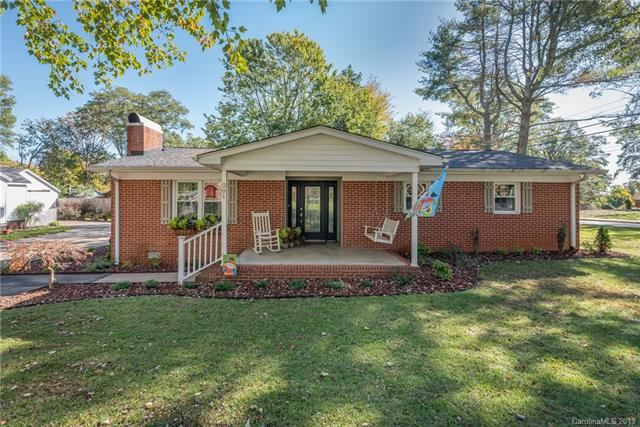 Photo for 201 Florida Avenue, Forest City, NC 28043 (MLS # 3563541)