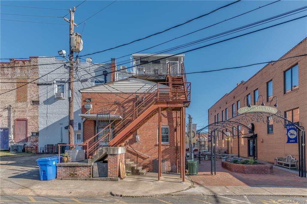 Photo of 195/197 N Main Street, Rutherfordton, NC 28139-2501 (MLS # 3687541)