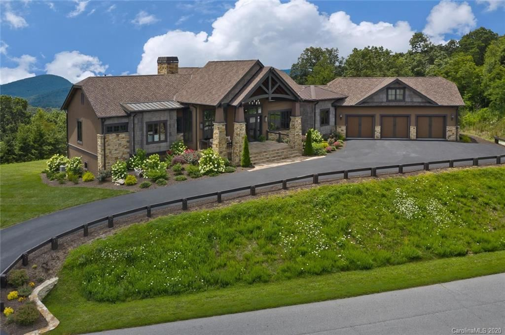 Photo of 24 Snow Ridge Drive, Hendersonville, NC 28792 (MLS # 3642551)