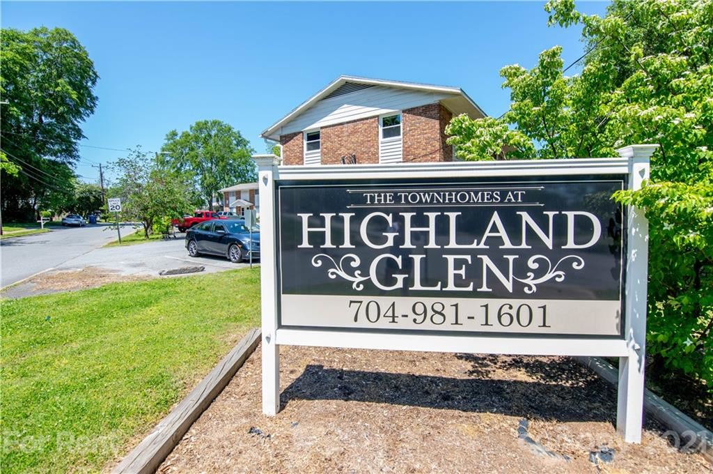 Photo for 318 Highland Street #8, Mount Holly, NC 28120-3105 (MLS # 3707555)