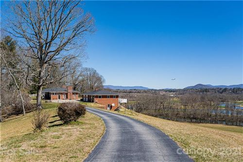 Photo of 598 Miles View Drive, Mills River, NC 28759-4503 (MLS # 3713559)