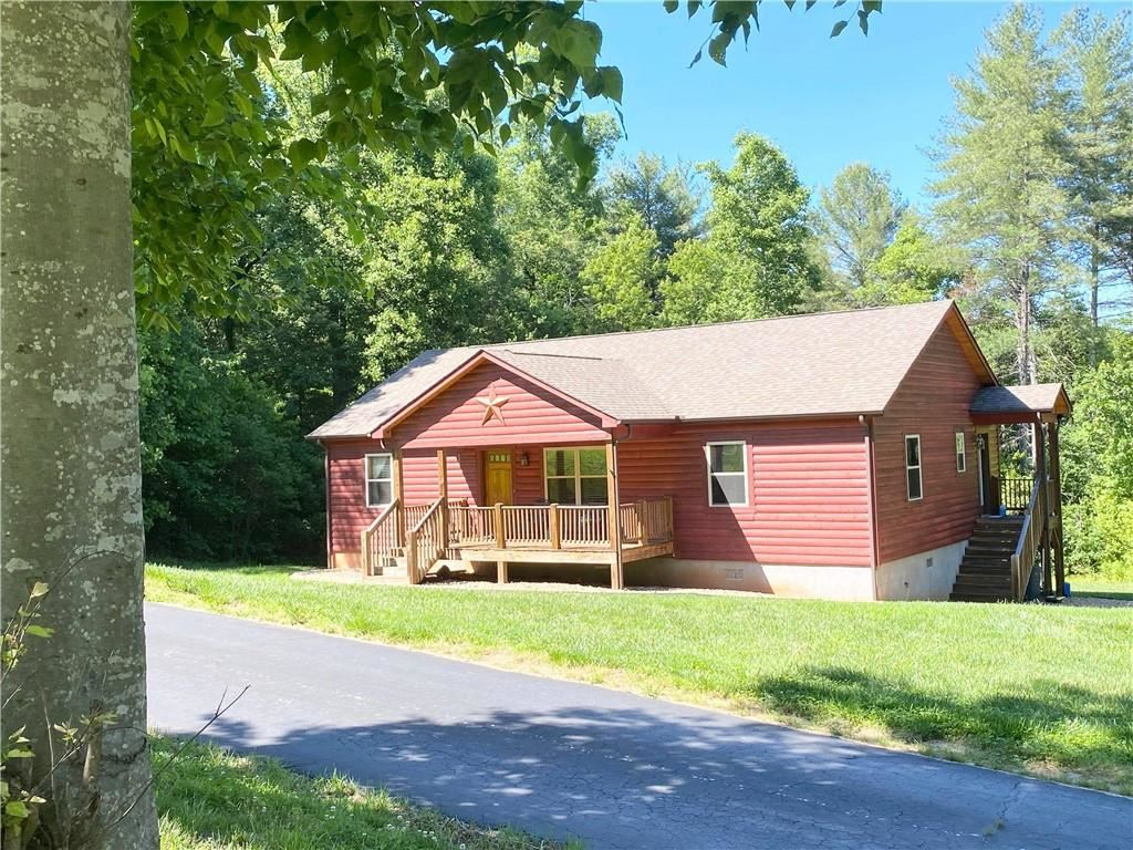 Photo for 3388 Aerial Way, Lenoir, NC 28645-8699 (MLS # 3626559)