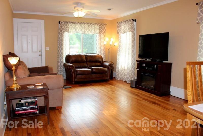 Photo of 515 9th Avenue, Hendersonville, NC 28792 (MLS # 3737560)