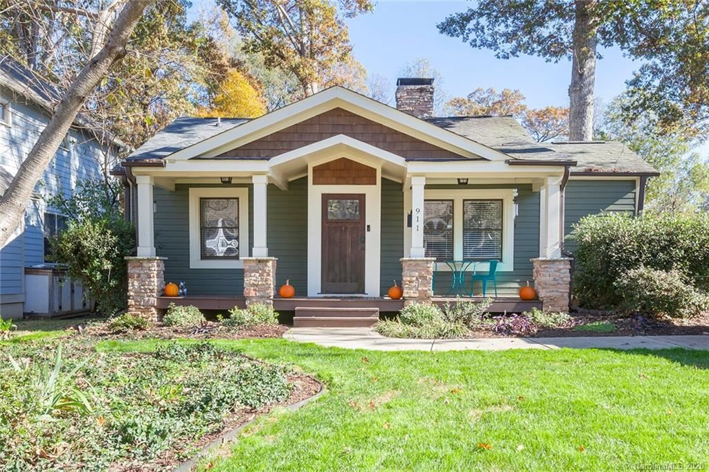 Photo for 911 Essex Street, Charlotte, NC 28205-1218 (MLS # 3685561)