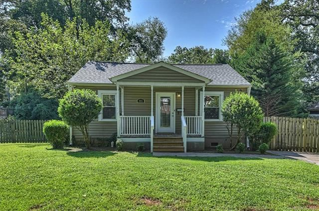 Photo for 405 Heathcliff Street, Charlotte, NC 28208 (MLS # 3539562)