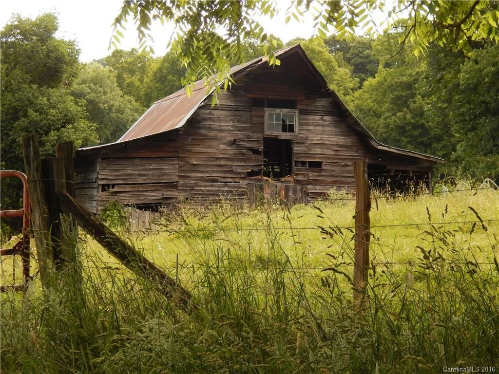 Photo of 0 NC 209 Highway, Hot Springs, NC 28743-9132 (MLS # 3190564)