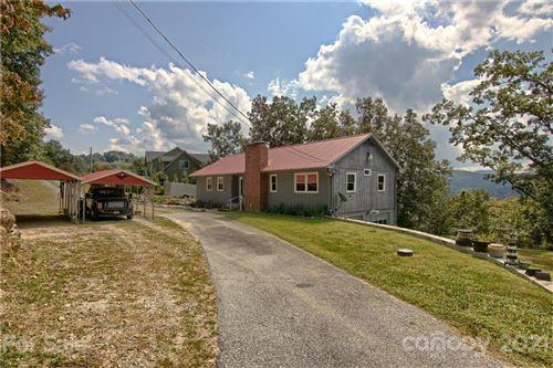 Photo of 34 Hunters Trail, Hendersonville, NC 28739 (MLS # 3785573)