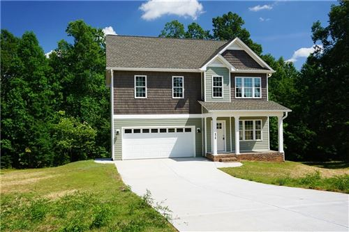 Photo of 978 Maple Glen Drive, Conover, NC 28613 (MLS # 3606581)
